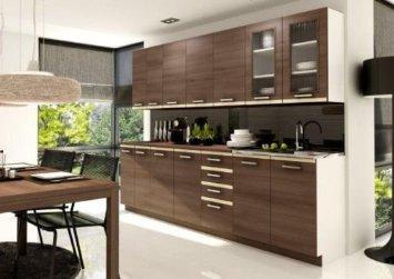 Cucina in legno e piastrelle arredamento e casa