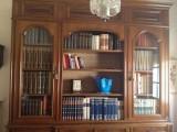 libreria con vetrina